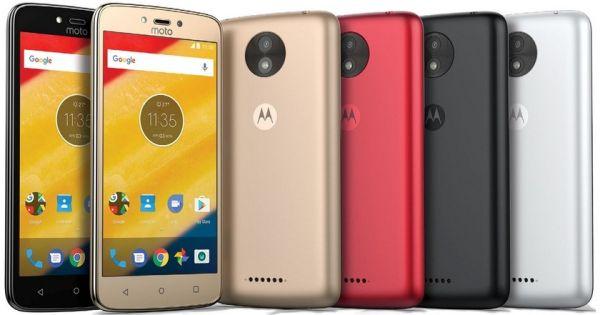 Раскрыты новые подробности о смартфонах Motorola Moto C и C Plus