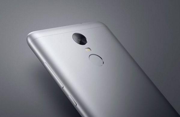 Первые слухи о смартфоне Xiaomi Mi Note 3