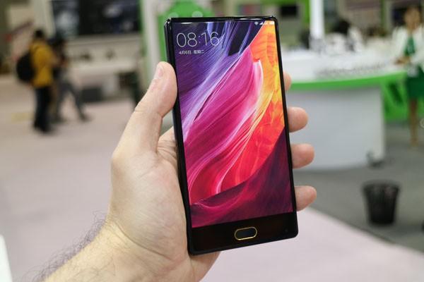 Bluboo клонировала Xiaomi Mi Mix и выпустила смартфон S1