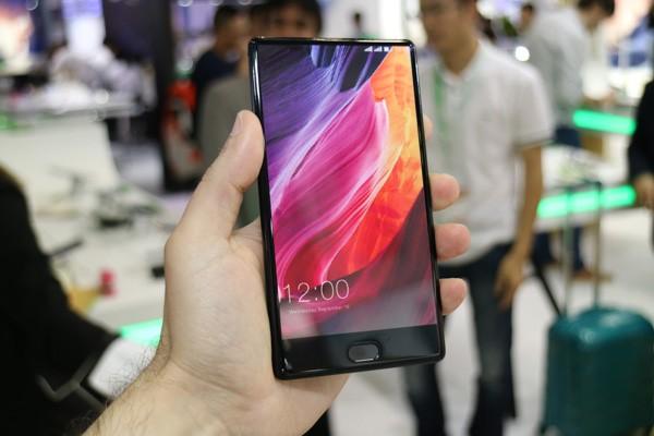 Leagoo T-MIX — новый клон Xiaomi Mi Mix