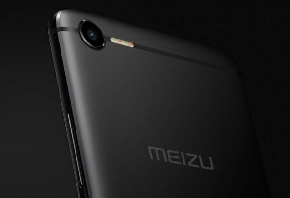 Смартфон Meizu E2 оснастили четверной вспышкой