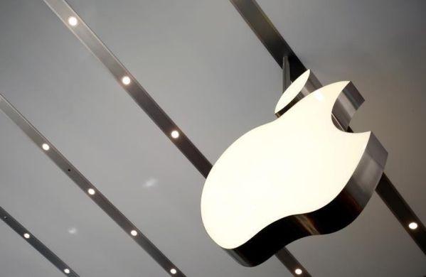 Apple займется денежными переводами