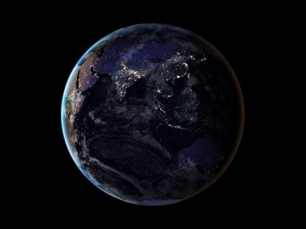 NASA показала уникальный снимок Земли в ночное время