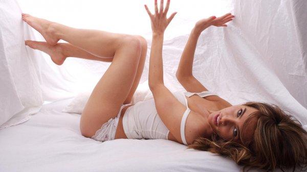 Ученые выяснили, о чем думают женщины во время мастурбации