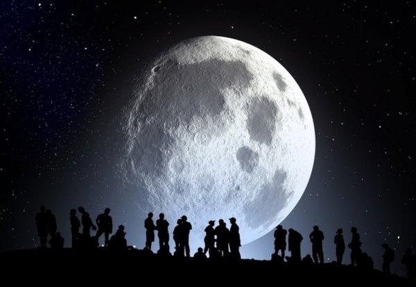 Ученые: Внутри Луны есть большие запасы воды