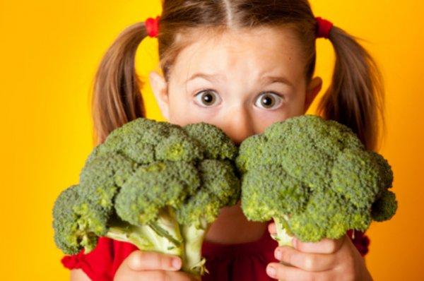 Фрукты и овощи на ужин повышают успеваемость детей — Ученые
