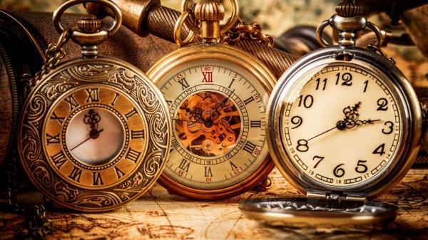 Ростовские ученые создали уникальные часы на солнечной батарее