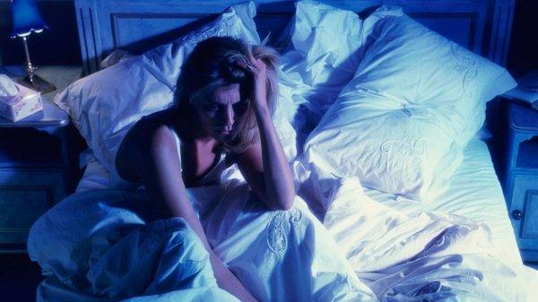 Ученые: Повышение температуры ночью вызывает бессонницу