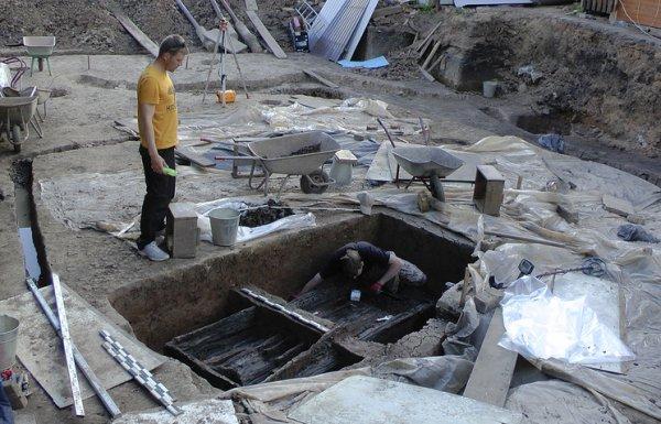 Ученые обнаружили в Великом Новгороде древнее кладбище