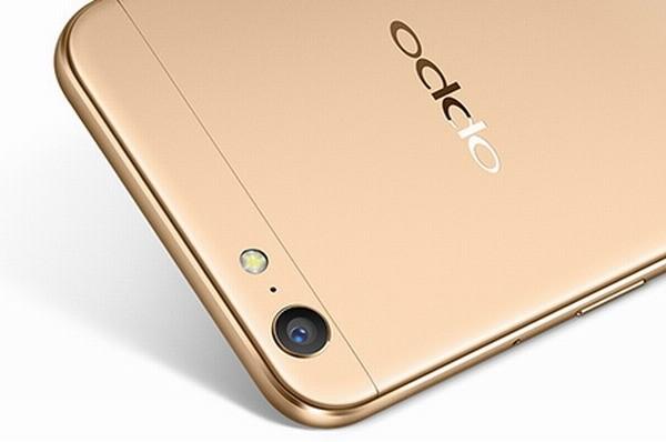 Смартфон Oppo A77 делает 16-мегапиксельные селфи