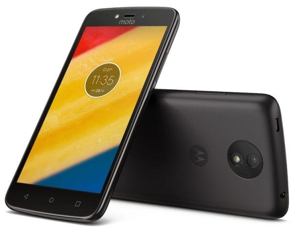 Анонсированы смартфоны Moto C и Moto C Plus