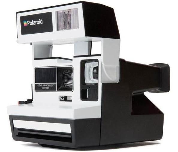Легендарный фотоаппарат Polaroid 600 получил вторую жизнь