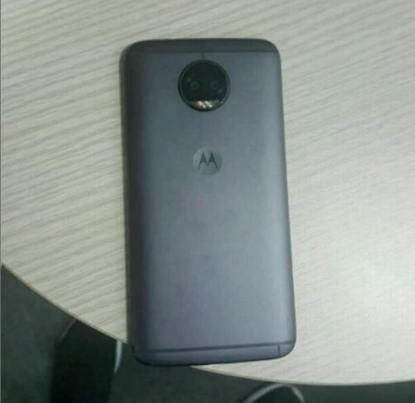«Живые» фото раскрыли дизайн смартфона Moto G5S Plus