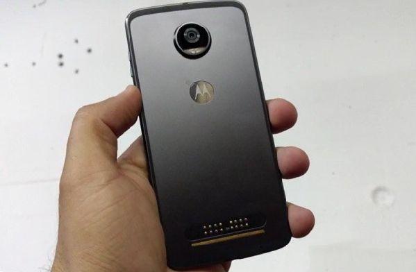 Lenovo нацелилась на премиальный сегмент рынка смартфонов
