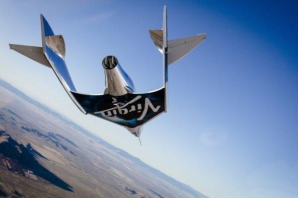 Virgin Galactic провела успешные испытания туристического космического судна