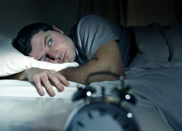 Употребление снотворного вредит так же, как и курение сигарет — Ученые