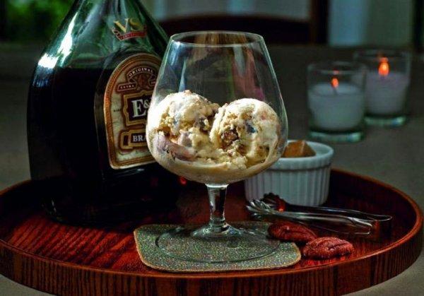 Вес можно сбросить при помощи алкогольно-мороженой диеты