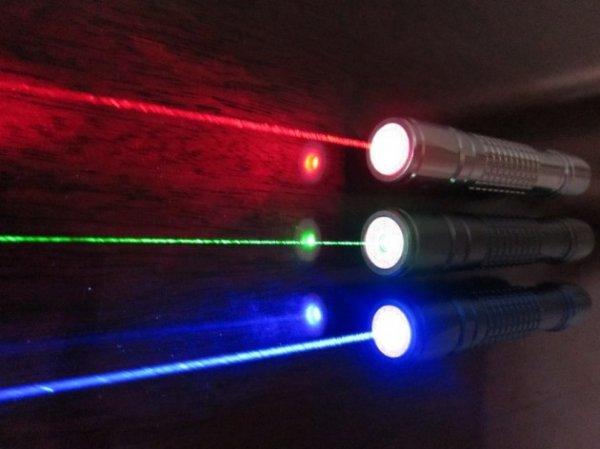 Ученые разработали мини-лазеры для диагностики и лечения рака