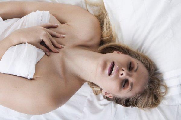 Ученые: Пары постоянно мечтают о долгом сексе