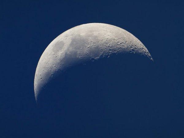 В Китае готовятся к коммерческому полету на Луну