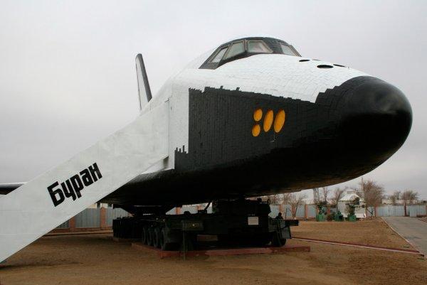 Космический корабль «Буран» установят в детском центре в Сочи
