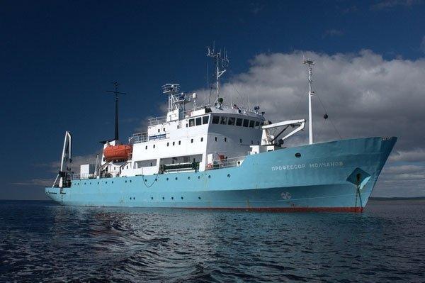 «Плавучий университет» исследует экологическое состояние Волги