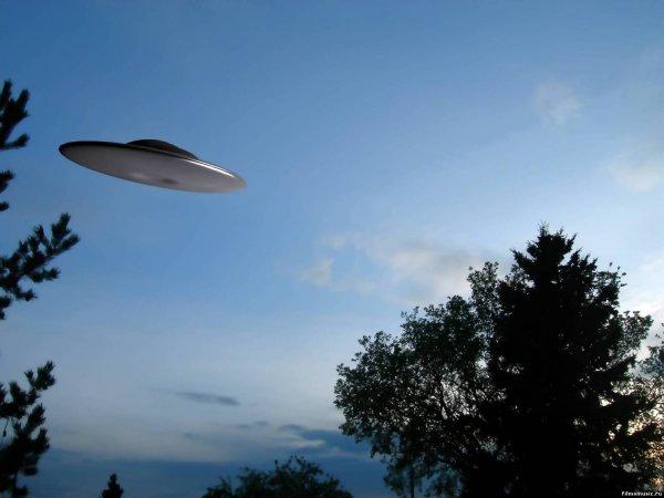 Сотрудник ВВС США рассказал, как НЛО уничтожил ядерный запас страны