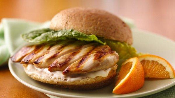 Сеть быстрого питания KFC отправит в космос куриный сэндвич