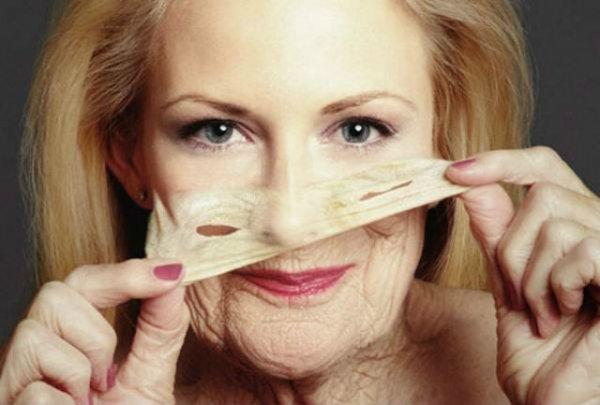 Ученые установили самый необычный факт долголетия женщин