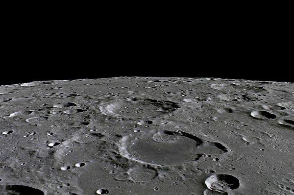 Япония отправит на Луну своего космонавта в 2030 году