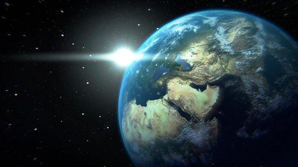 Ученые сообщили о том, что Земля получит кольца, как у Сатурна