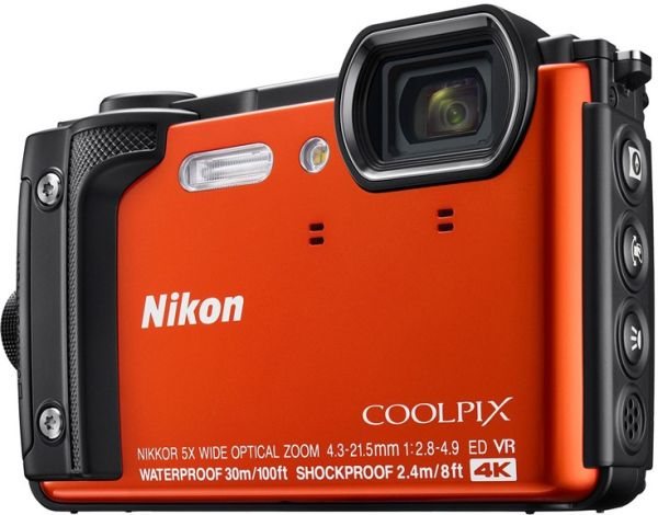 Бронированный фотокомпакт Nikon Coolpix W300 пишет 4К-видео