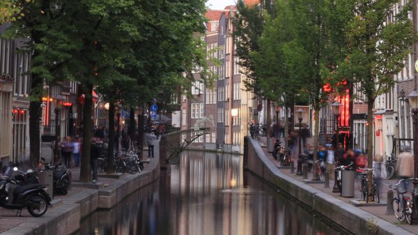 В Нидерландах напечатают трехмерный мост для велосипедов