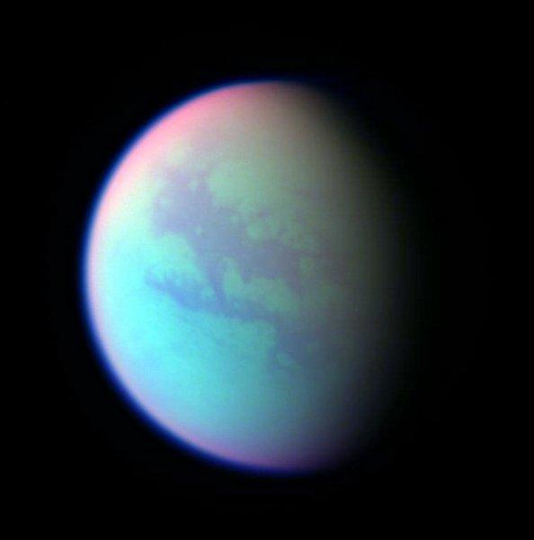 Ученые назвали условия для колонизации Титана