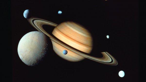 NASA: Стала известна высота метановых волн Титана
