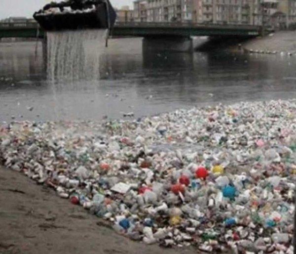 Земля в безопасности: Учёные получили экологичный пластик