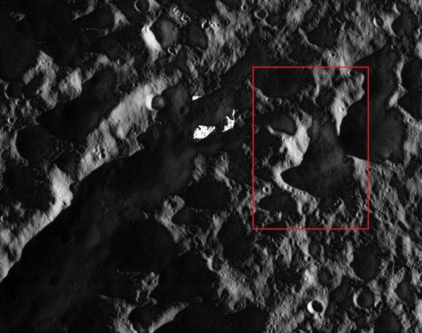 На спутнике Сатурна нашли останки огромной птицы