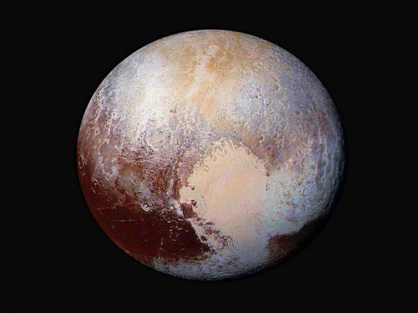 NASA приглашает на видеоэкскурсию по Плутону и Харону
