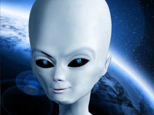 Уфологи заметили замерзшее тело инопланетянина на вершине горы Адамс