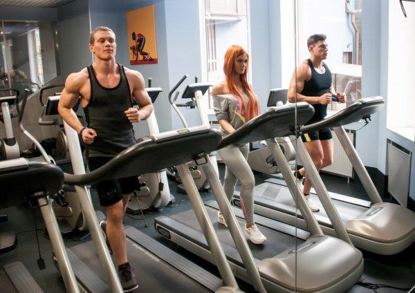 По мнению ученых, тренировки помогают сбросить вес только мужчинам