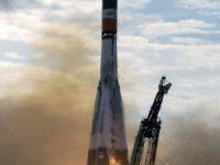 Госкомиссия на Байконуре утвердила основной и резервный экипажи для полета на МКС