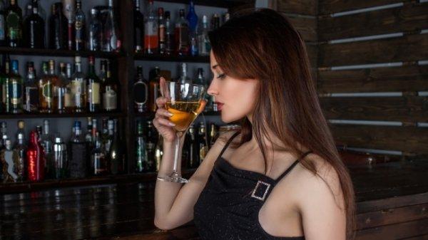 Учёные: От склероза поможет алкоголь