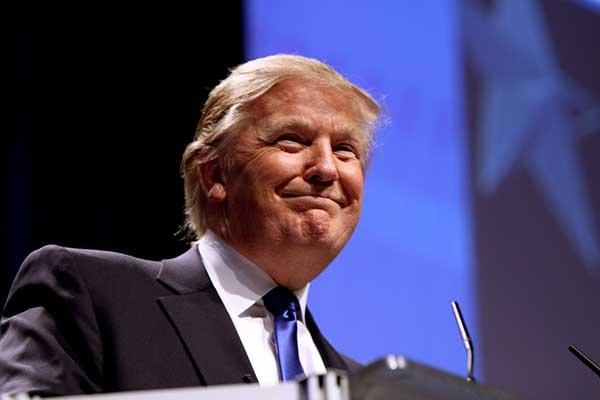 Учёные: Твиты Трампа свидетельствуют о невротическом типе его личности