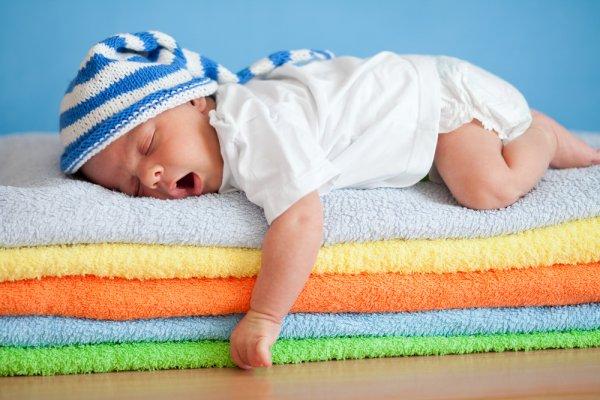 Учёные выяснили, как младенцы усваивают новые слова