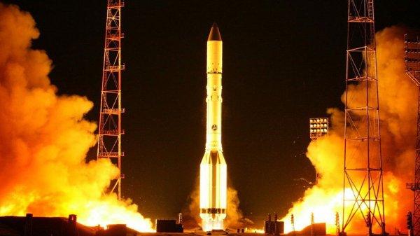 Ракета носитель «Протон-М» отправилась в полет с Байконура