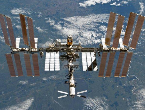 Ученые: На МКС могли напасть инопланетные роботы