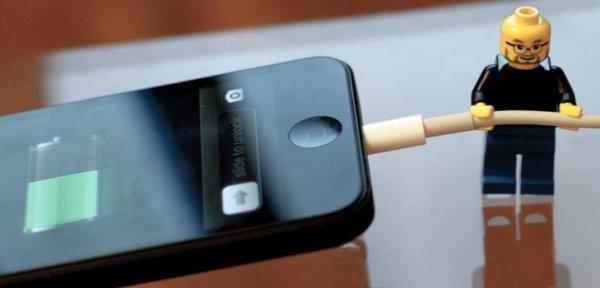 Российский ученый разработал метод зарядки телефона от тепла тела