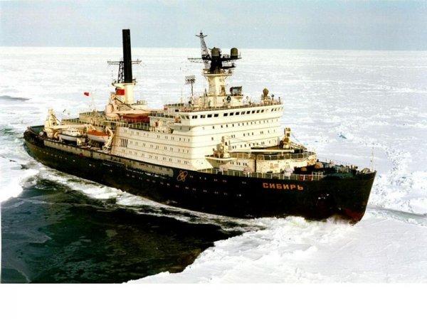 22 сентября в Санкт-Петербурге спустят на воду ледокол «Сибирь»