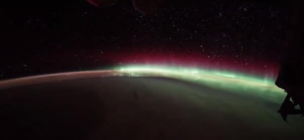 Уфологи отыскали НЛО на фотографиях NASA