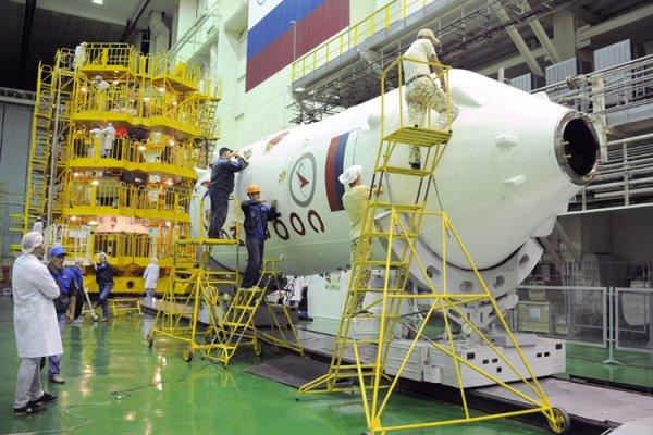 Новый экипаж на борту « Союз МС-06» пристыковался к МКС